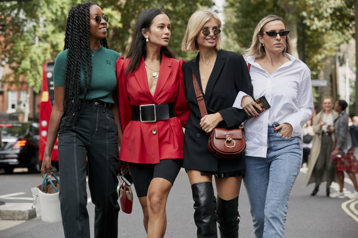 Imbibing Spring Staples to College Wardrobe—Few Tips to Slay with Style!